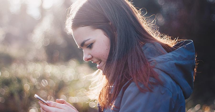 Cómo elegir la app móvil con el mejor localizador familiar